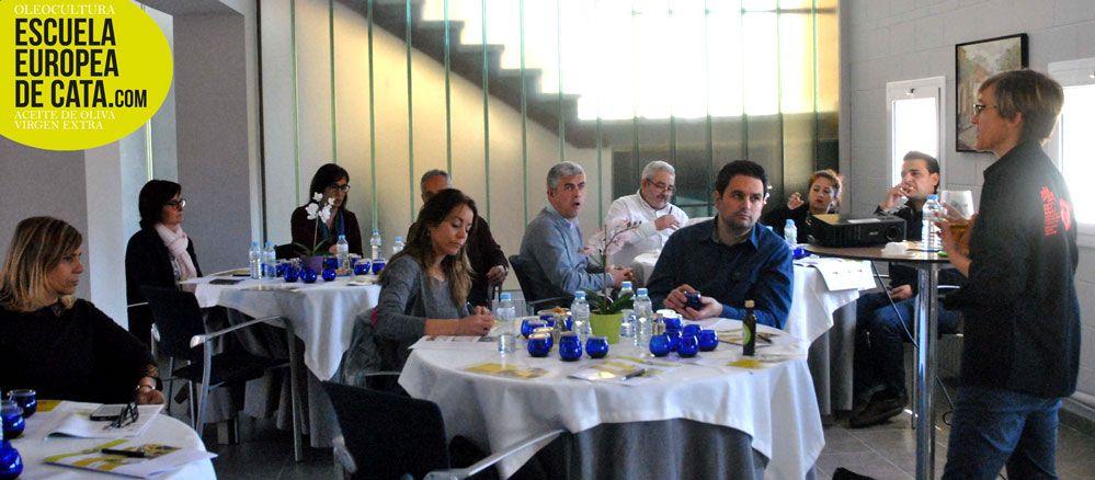 Taller en Barcelona de cata de aceite y maridaje para hosteleros